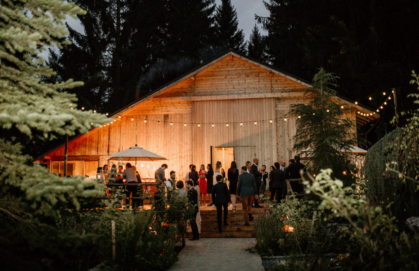 Traditional-Orthodox-Wedding-Hadar-Chalet-Barn-green-antlers-photography-1063